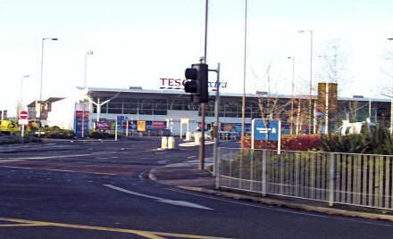 Photograph of Tesco closed
