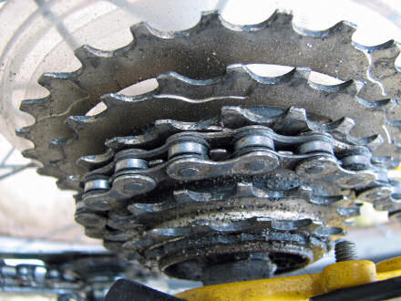 Close-up photograph of a bike chain.