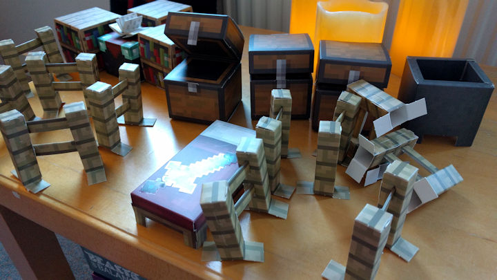 Minecraft, but on paper: Papercraft.