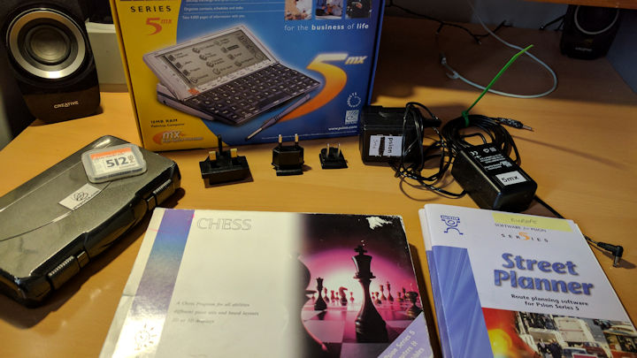 Psion 5mx 16MB and accessories